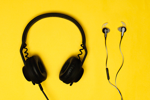 http://hypebeast.com/2012/5/polls-headphones-vs-earphones